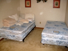 TWIN BEDS WITH ORBS!!!!!